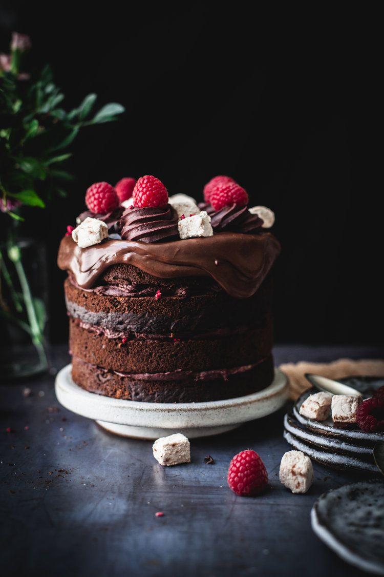 "Raspberry chocolate cake with marshmallow dripping #vegan explore Pinterest""> #vegan #nutfree explore Pinterest""> #nutfree"
