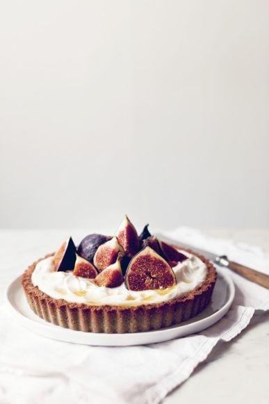 Fig and buckwheat tart