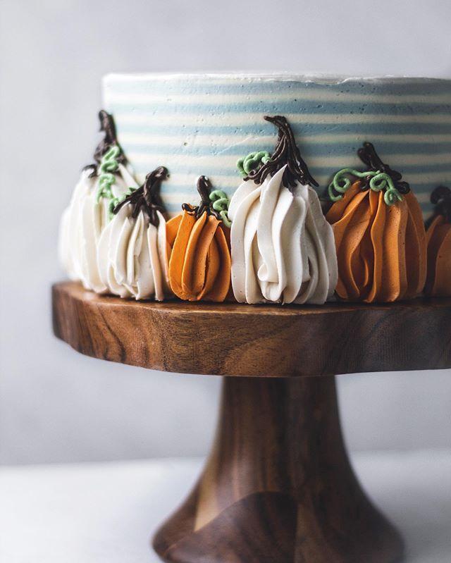 Katie Severn | Cake Decorating (Baking Butterly Love | Baking Blog) • Instagram photos…